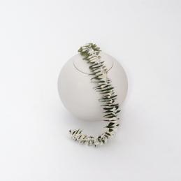 blumenschmuck-urne-sfera-bianca-klein